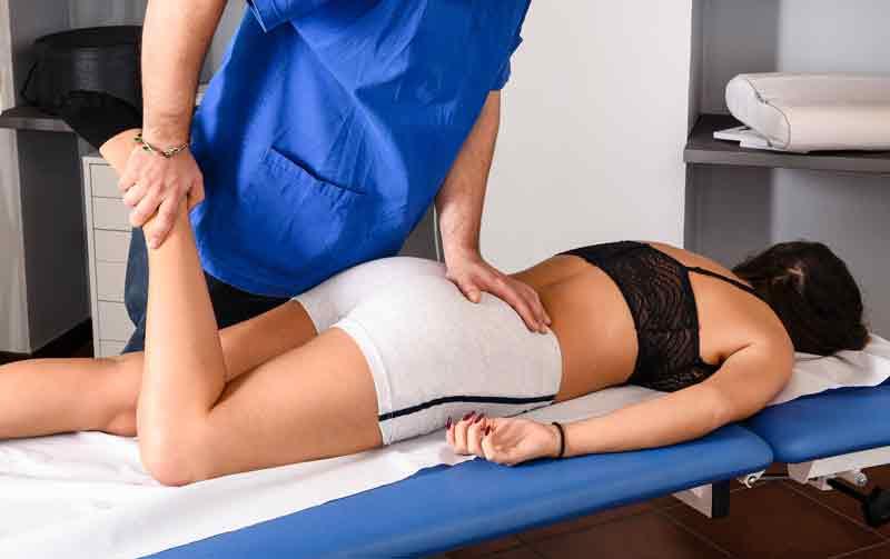banda kinesiologica articulatia genunchiului