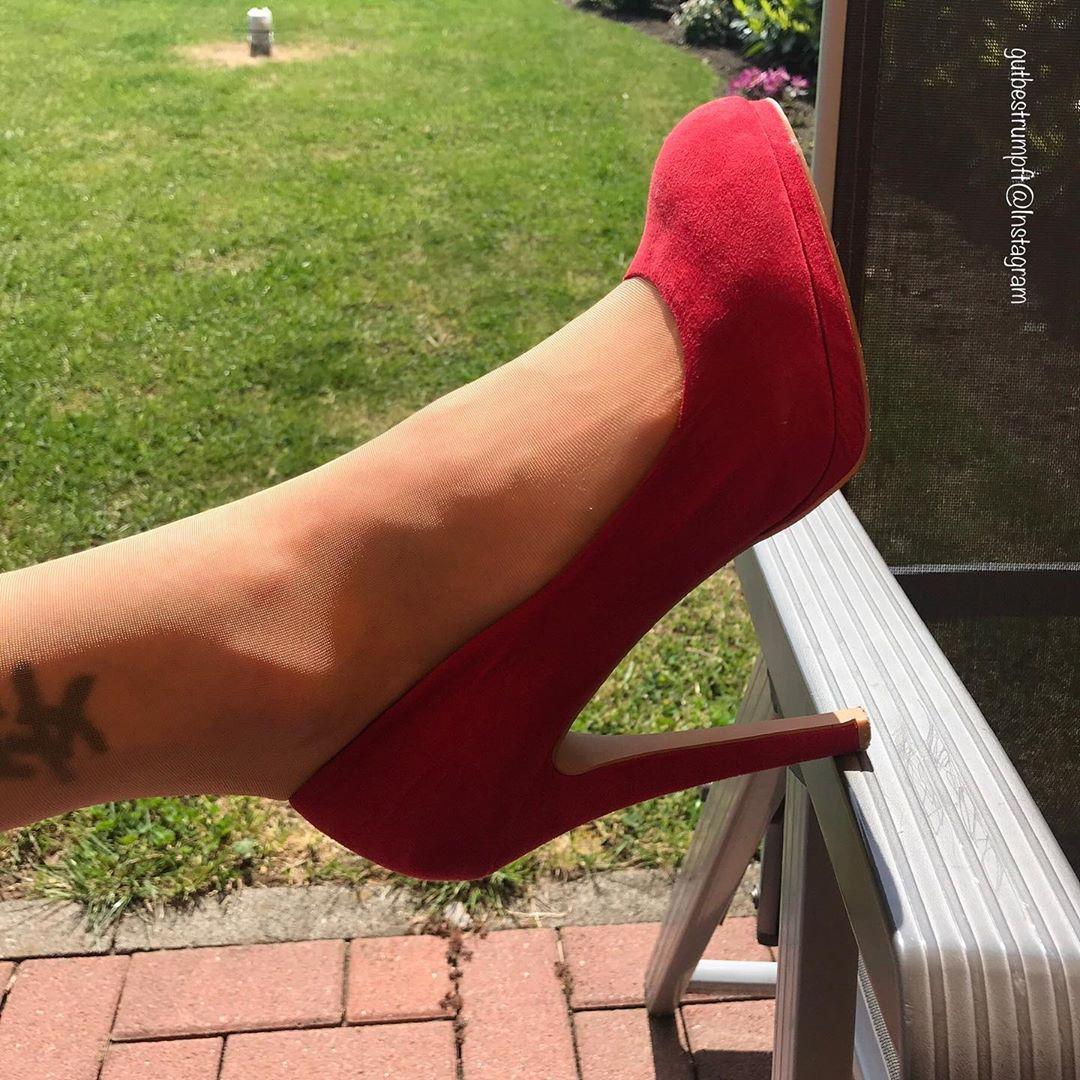 Mersul pe tocuri: 8 sfaturi despre cum sa mergi in pantofi cu tocuri exact ca un supermodel