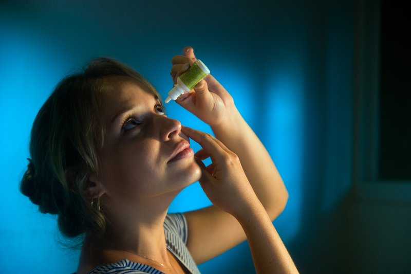 Inflamația corneei – simptome și tratament
